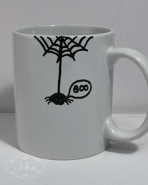 Kubek z pająkiem (Handpainted cup with spider)