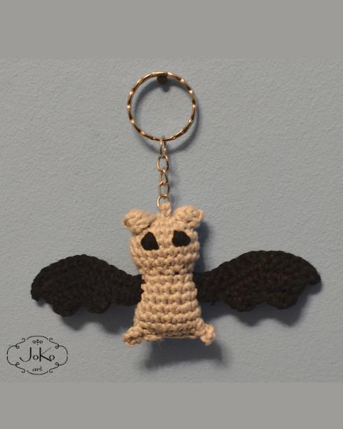 Brelok nietoperz (crochet bat keychain) 05/2016