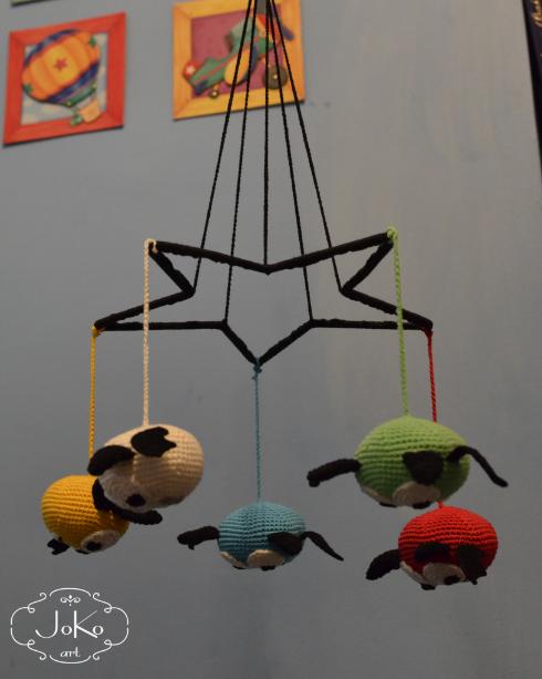 Karuzela nad łóżeczko z nietoperzami (crochet bats mobile) 01/2016