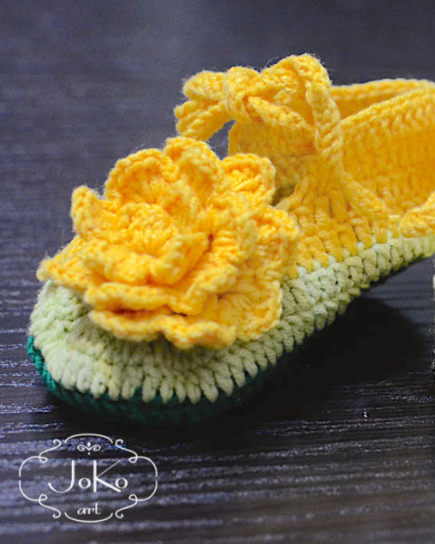 Buciki dla bobasa (crochet shoes for baby girl) 01/2015