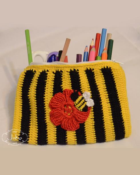 Piórnik pszczoła (bee pencilbox) 03/2016